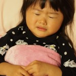 子供が夜中に突然の腹痛に襲われた!嘔吐・下痢もある!