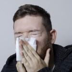 鼻水に白い塊が混ざる原因2つ!粘り気についても気になる!