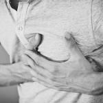 左胸が痛い原因は?ズキズキする5つの病気を詳しく解説!