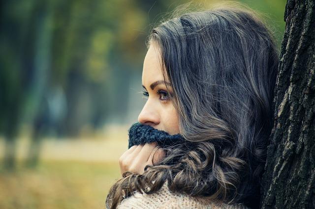 喉の違和感、つかえの原因