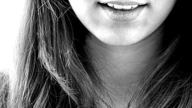 唇ヘルペスの原因