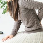 腰から下がジンジン痛い!症状が片側だけなら重篤な病気?